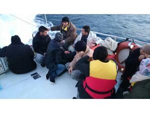 Antalya'da 5'i çocuk 17 Suriyeli göçmen yakalandı