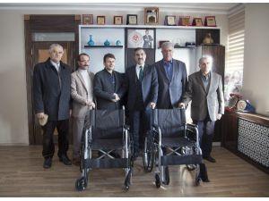 Belediyenin Tekerlekli Sandalye Yardımı Devam Ediyor
