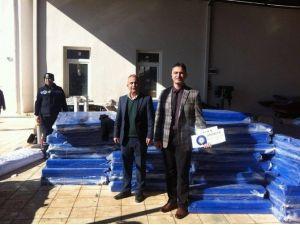Büyükşehir'den Kaş'a Spor Malzemesi Yardımı