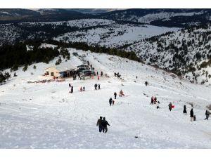 Aladağ'da Kayak Etkinliği
