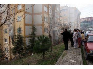 Elektrikli Battaniyeden Çıkan Yangın Evi Kül Etti