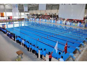 Osmaniye' de Yüzme Hakemliği Kursu açılıyor
