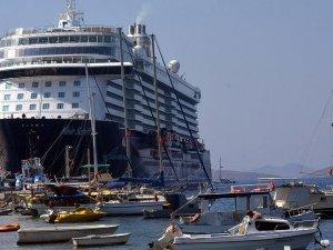 'Yüzen oteller' Muğla'ya 200 bin turist getirdi