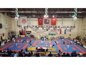 Esat Delihasan: Karatede geleceğin yıldızları yetişiyor