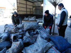 İHH Tut Temsilciliği Kömür Yardımında Bulundu