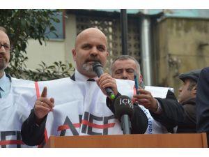 Aile hekimlerinin sözleşmelerinin feshi protesto edildi