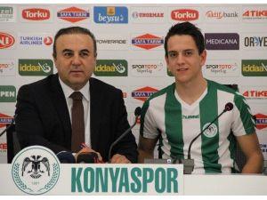Torku Konyaspor Amir Hadziahmetovic İle 4,5 Yıllık Sözleşme İmzaladı