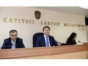 Mustafa Koç Ve Kamer Genç Belediye Meclisi'nde Anıldı