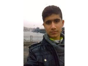 Adana'da Korsan Gösteride Çatışma