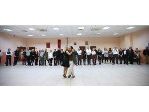 Karşıyaka'da 2 Bin 500 Kişiye Ücretsiz Kurs