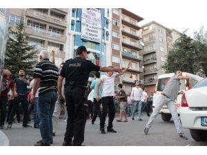Kırşehir'de HDP Binasının Taşlanması İle İlgili Duruşmada 10 Sanık Hakim Karşısına Çıktı