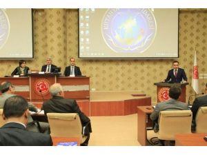 AK Parti Kütahya Milletvekili Ve TBMM Divan Katibi Üyesi İshak Gazel
