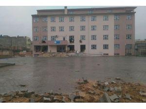 Teröristler Mardin'de Okula Saldırdı