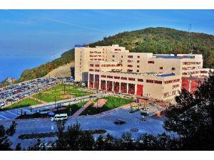 BEÜ Sağlık Uygulama Ve Araştırma Hastanesi 2015 Yılında 400 Binden Fazla Hastaya Hizmet Sundu