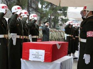 Sur'da şehit olan 5 asker için tören düzenlendi