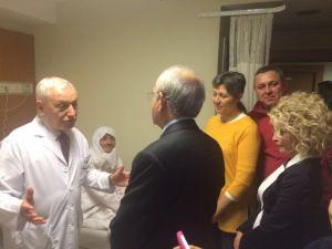 Kılıçdaroğlu, Başkan Kurt'un Ablasını Hastanede Ziyaret Etti