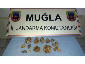 Muğla'da 5 kg. zultanit kristali ele geçirildi