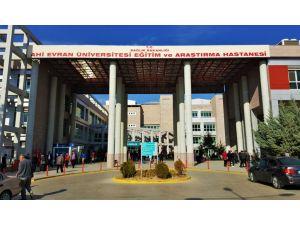 Sağlık sendikaları: Kamu hastanelerinde liyakatsız görevlendirmeler devam ediyor