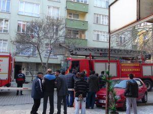 Beşinci katta yangın paniği yaşandı