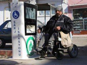 Edirne'de vandallar engellileri mağdur etti