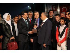Eyyübiye Belediye Başkanlık Kupasını Ezmatra Kazandı