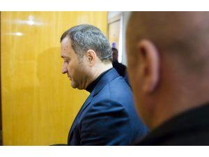 Eski Başbakan Filat hastalandı, davası ertelendi
