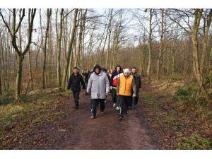 Başkanlar Uzuntarla Tabiat Parkı'nda Yürüdüler