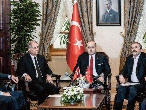 Erdoğan'ın Dolmabahçe Uyarısını Dikkate Almayan Bakanlar