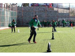 Yamanlar'ın Zirvesinde Öğrencilerin Kamp Keyfi