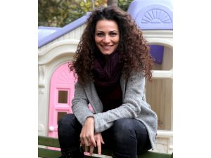 Kemal Sunal'ın kızı çocuklarla şarkı söyleyecek
