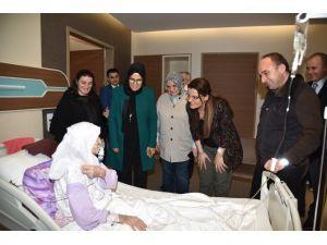 Başkan Üzülmez, Hasta Ziyareti Gerçekleştirdi