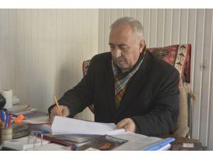 Evleri Yanan Arar Ailesine Kızılay'dan Yardım Eli