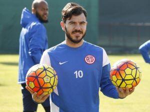 Yekta Kurtuluş, Antalyaspor İle Antrenmana Çıktı
