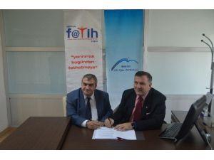 Mobil Eğitim İçeriği Geliştirme Eğitmen Eğitimi Projesi İmzalandı