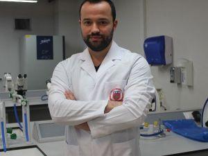 """Tıbbi Mikrobiyolog Barış Ata Borsa: """"Zika Virüsü Şimdilik Korkulacak Boyutlarda Değil"""""""