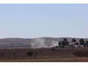 (Tekrar) Karkamış Belediyesi Önüne Ve Jandarma Karakolu Yakınına Havan Topu Düştü