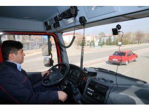 Aksaray'da İtfaiye Araçlarına Kamera Sistemi Yerleştirdi