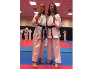Kartepeli Karateciler Üç Derece Kazandı