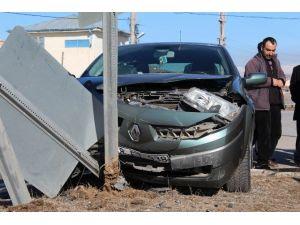 Gemerek'te Trafik Kazası:1 Yaralı