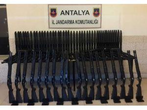 Antalya'da Ruhsatsız Av Tüfeği Operasyonu