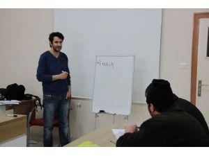 Sivas'ta Engelliler Ekpss'ye Hazırlanıyor