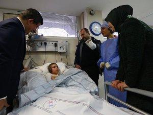 Davutoğlu çifti Çınar saldırısı yaralılarını ziyaret etti