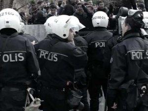Ankara'da uçaksavar ve kalaşnikof mermileri polisi alarma geçirdi