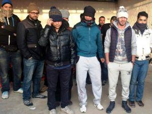 Kuşadası'nda 20 Göçmen Yakalandı