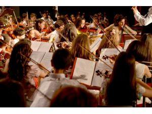 Tepebaşı, Doğuş Senfoniye Deneyimlerini Aktardı