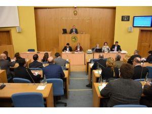 Düzce Belediyesi Meclisinin Gündemi Yoğun