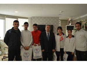 Erzurumlu Curlıngçiler Olimpiyat Yolcusu