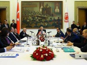 Anayasa komisyonunun ilk toplantısı başladı