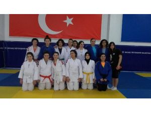 Kağıtspor Judocularının Anneleri Spora Başlayarak Madalya Hedefi Koydu