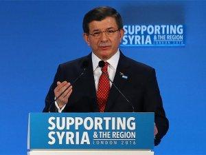 Davutoğlu: Savaş suçu işleyenlere karşı omuz omuza durmalıyız